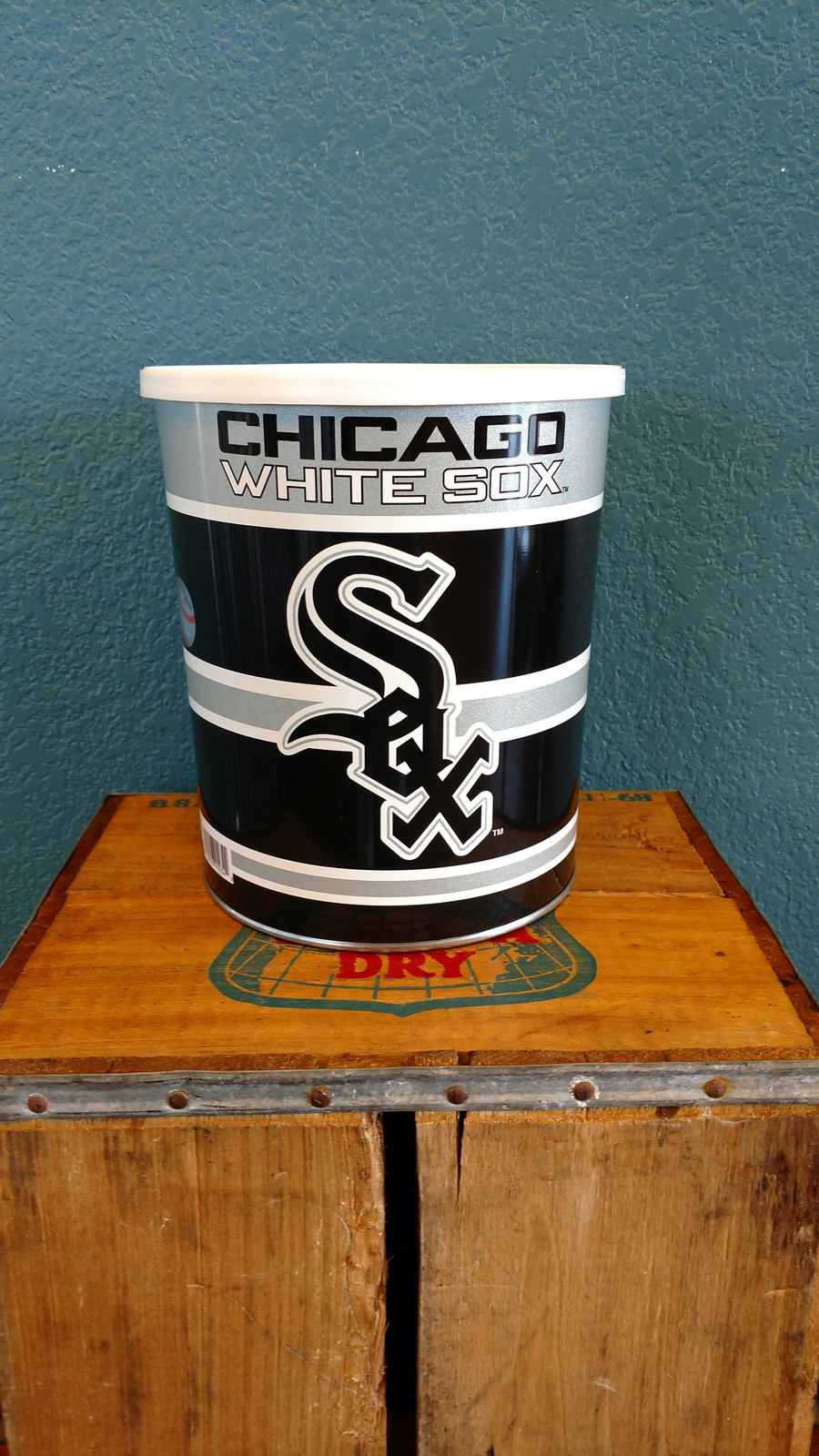 Chicago White Sox 1 Gallon Popcorn Tin