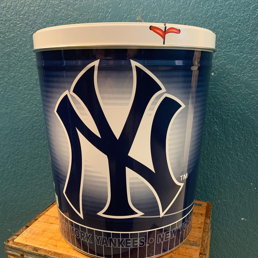 New York Yankees 3 Gallon Popcorn Tin