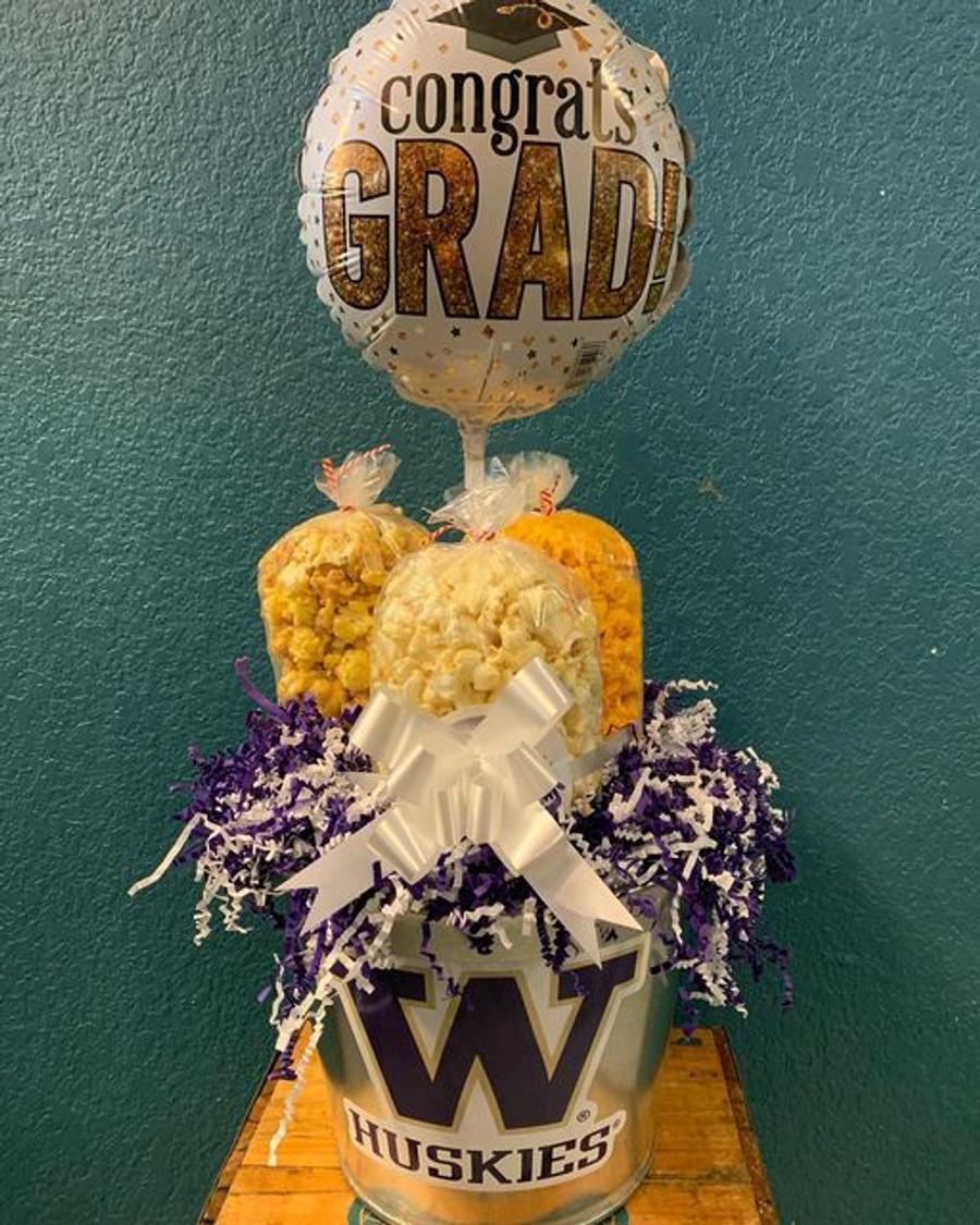 Washington University Bucket with Caramel, Cheese, & Kettle
