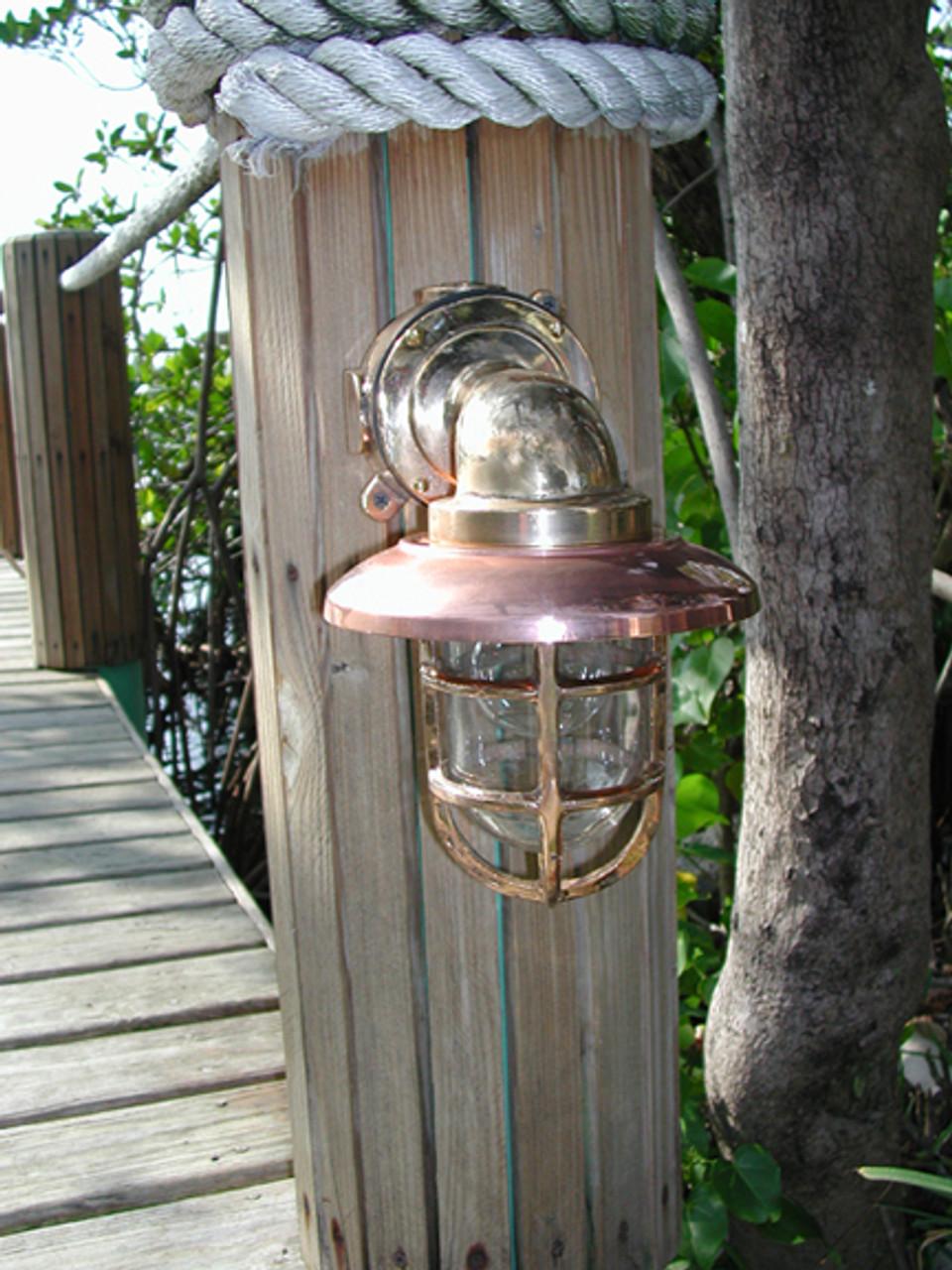 heavy duty medium sized 90 degree dock light with copper hood