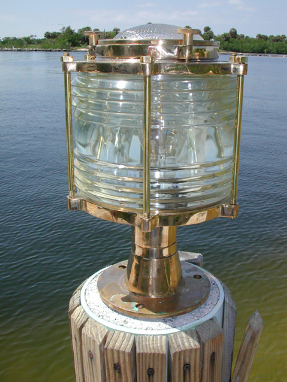 dock light pedestal mount
