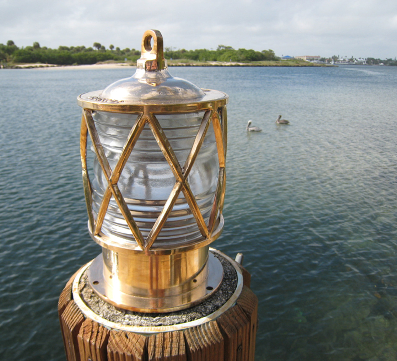 bronze dock piling light