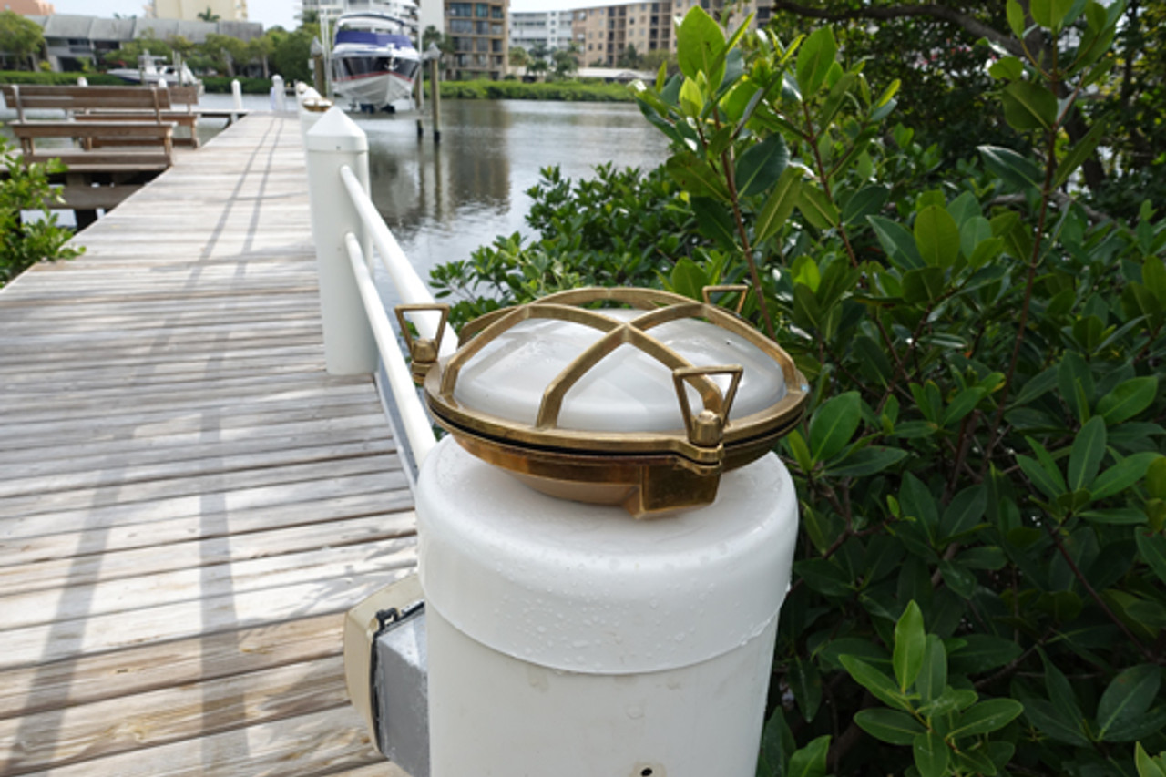 brass bulkhead dock light