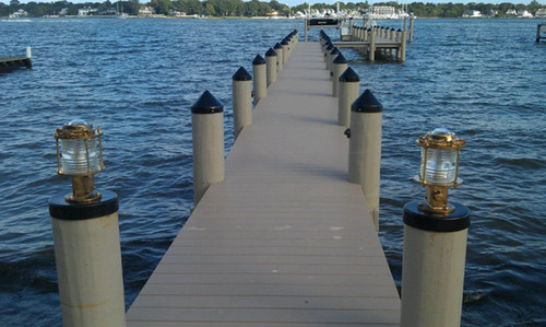 bronze pedestal dock light