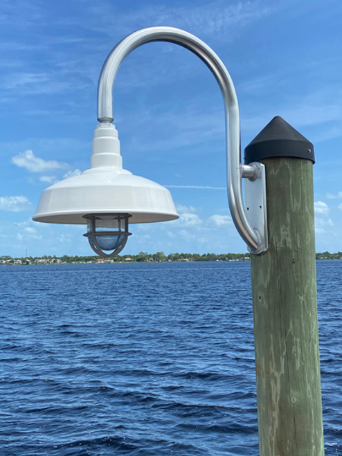 Aluminum wharf pole with large base plate and dome shade