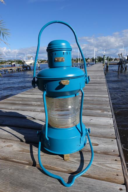 Satin Lagoon ship's anchor light