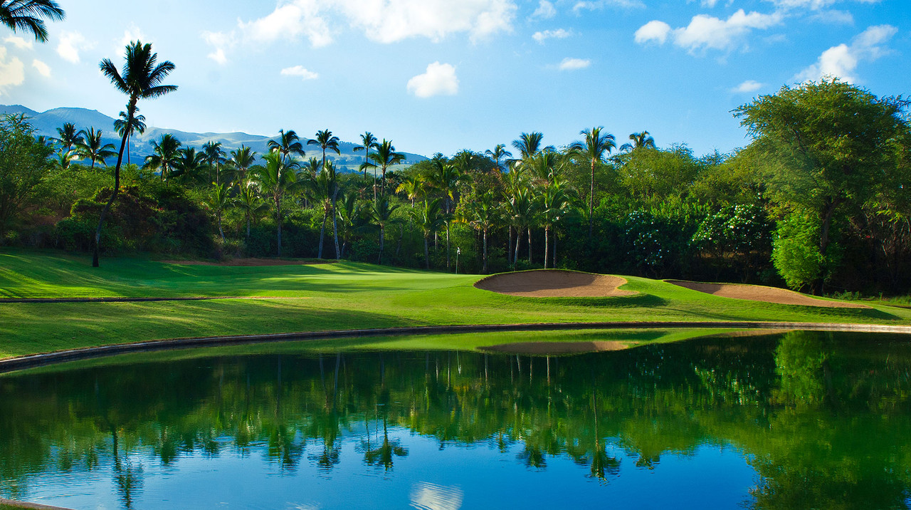 Wailea Blue Golf Course | Sunny calm weather make Wailea Golf the best golf on Maui | Golf on Maui and SAVE with the Maui Golf Shop.