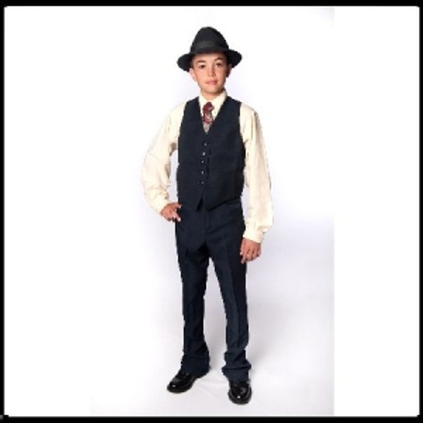 Academy Jodhpurs Has elastic waist, fake fly front, and self knee patches Ample seams for alterations