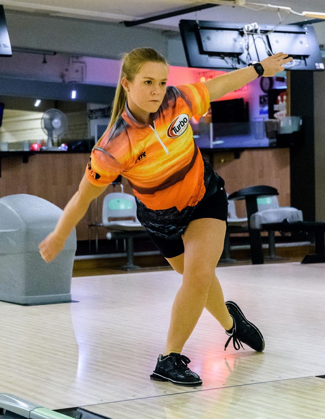 Blomqvist-bowling-jersey-rift-oct-2020-01
