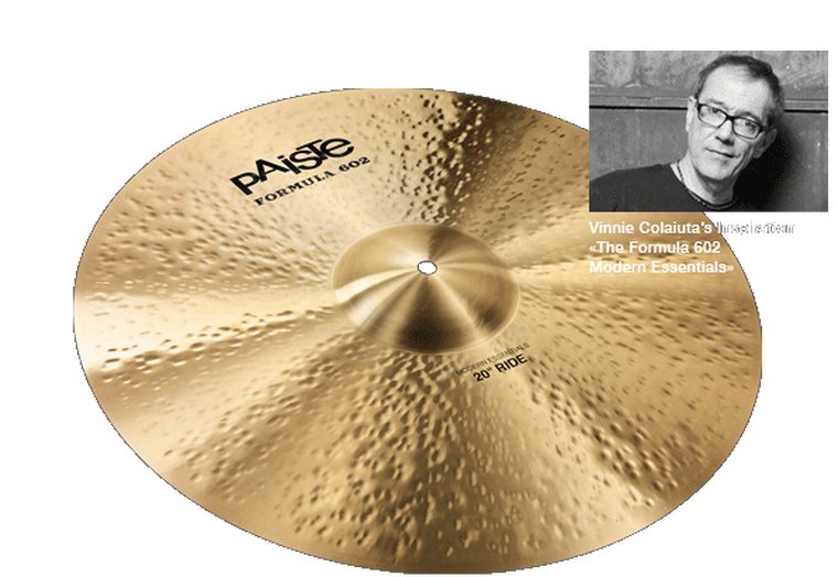 """Full, rich, warm, strong, deep, silvery. Wide range, complex mix. Responsive, even feel. Warm sparkling stick sound over a wide, deep wash. Fairly quick, strong crash sound. Extremely dynamic and lively ride cymbal, suitable for numerous musical styles. <br><br> <span class=""""orange"""">&laquo;A translucent warmth with definition and a really good controllable wash in the right proportions. Paiste really exceeded my expectations with the Modern Essentials rides.&raquo; - Vinnie Colaiuta</span>"""