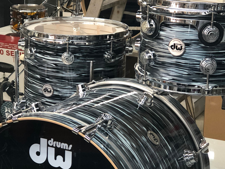 """DW Collectors Pure Maple 3pc 20"""" Drum Set Black Oyster with Hardware Pack"""