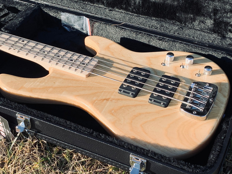 G&L L2000 BASS GUITAR with CASE