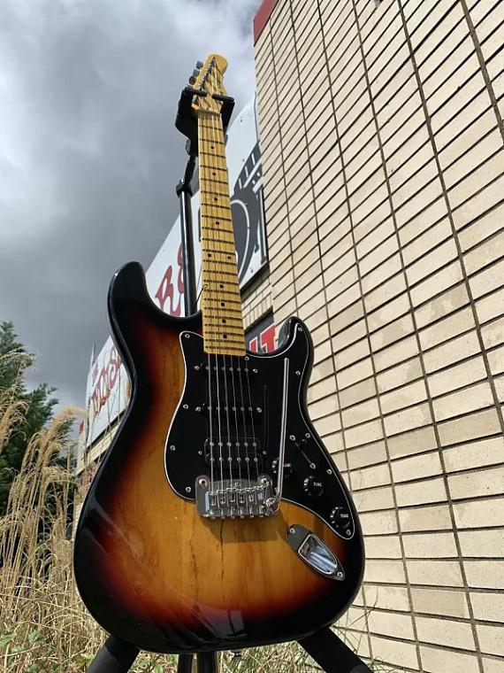 G&L Tribute Legacy HSS Electric Guitar 3-Tone Sunburst