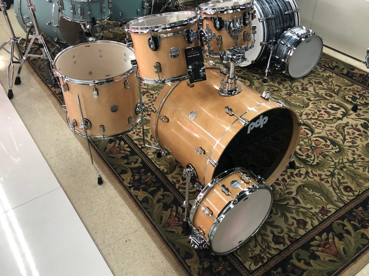 PDP DW Concept Maple Drum Set 22/10/12/16/14s  5pc Shell Pack Natural Gloss Lacquer