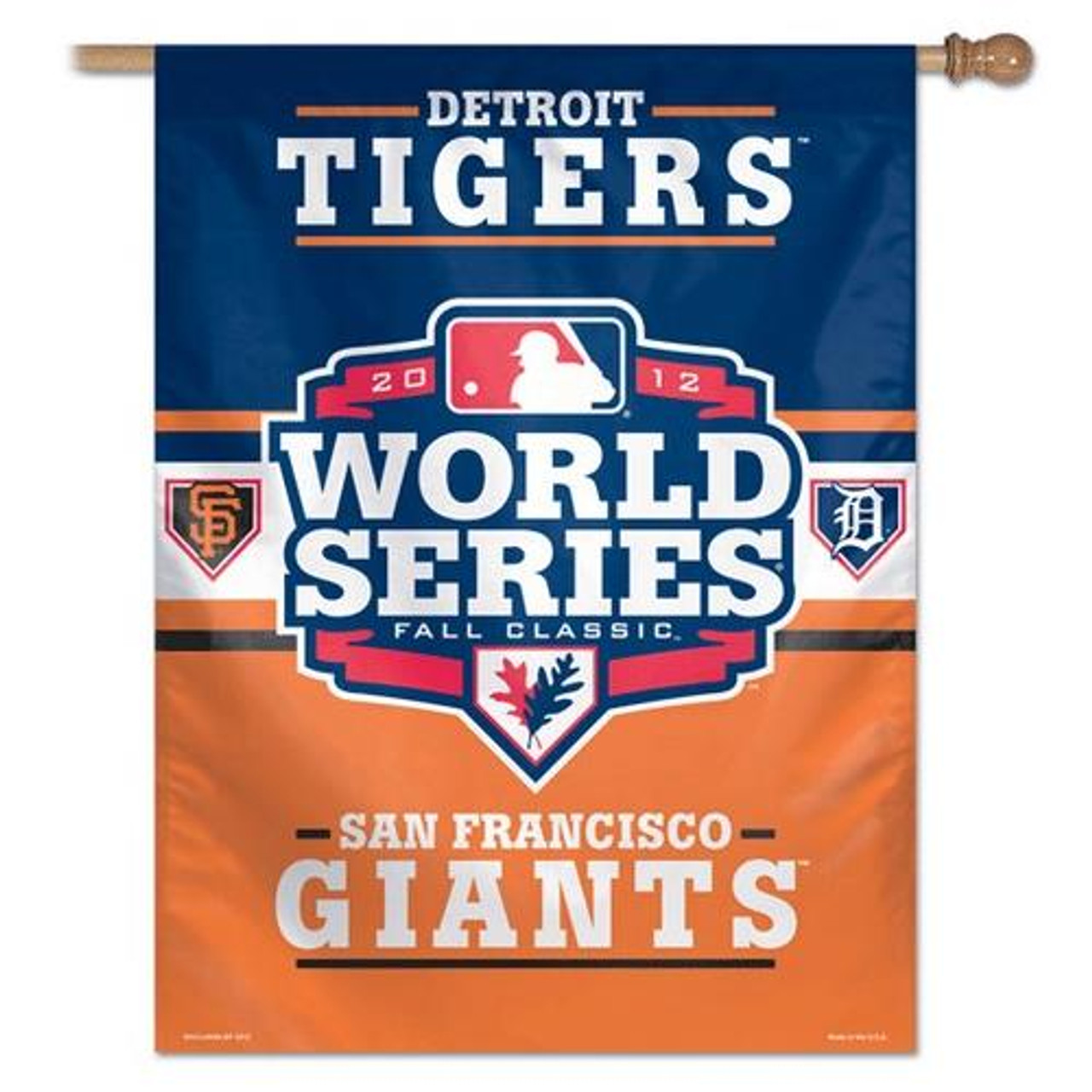 Detroit Tigers Large Vertical Outdoor House Flag Outdoors