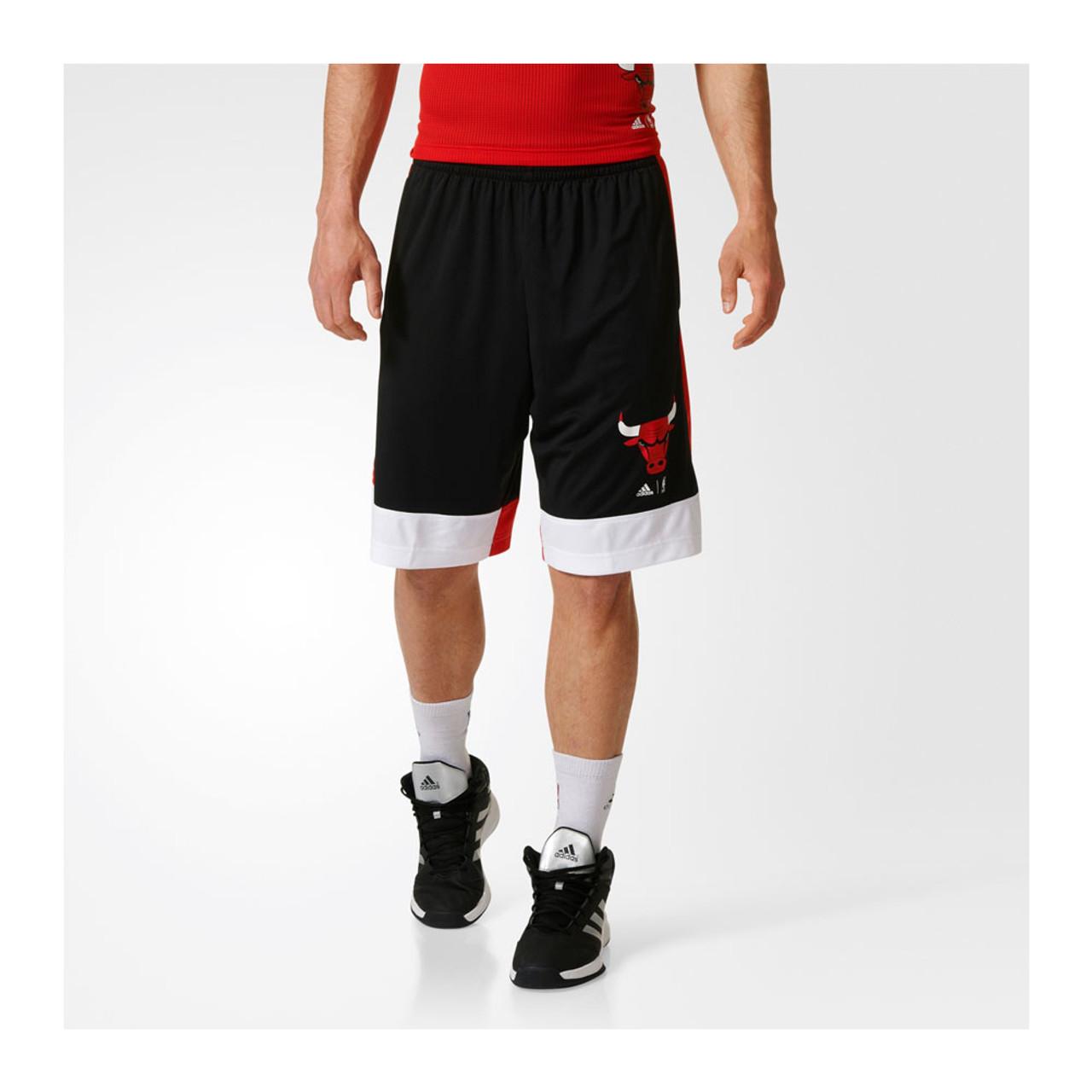 ADIDAS chicago bulls basketball shorts [black]