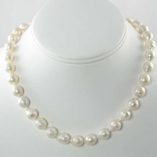 Freshwater Baroque Pearl Strand