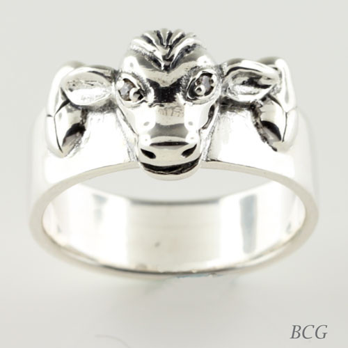 Moo-n Cow Diamond Ring TRI-1324