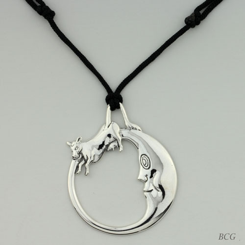 Moo-n Cow Necklace TPD-4146