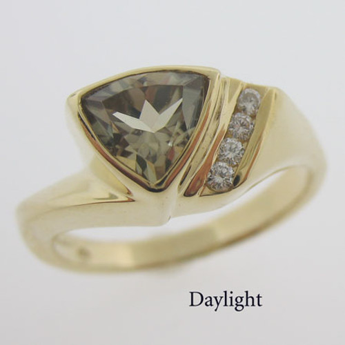 Zultanite and Diamond Gold Ring