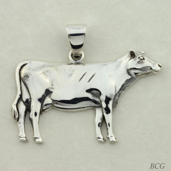 Jewel the Cow Pendant #TPD-4151