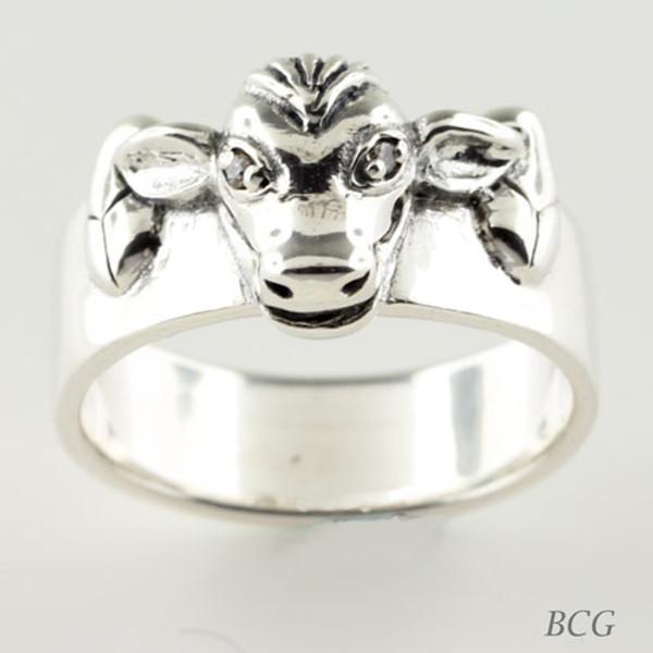 Moo-n Cow Diamond Ring TRI-1324