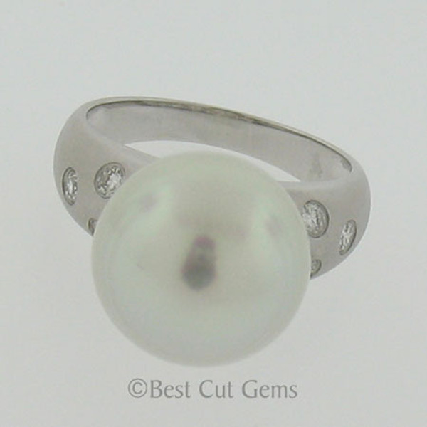 White South Seas Pearl and Diamond Ring