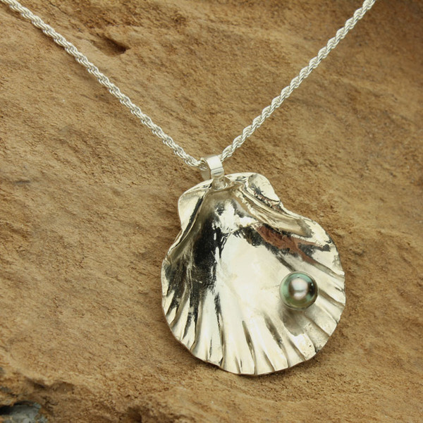 Tahitian Pearl in Silver Shell Necklace #NE-437