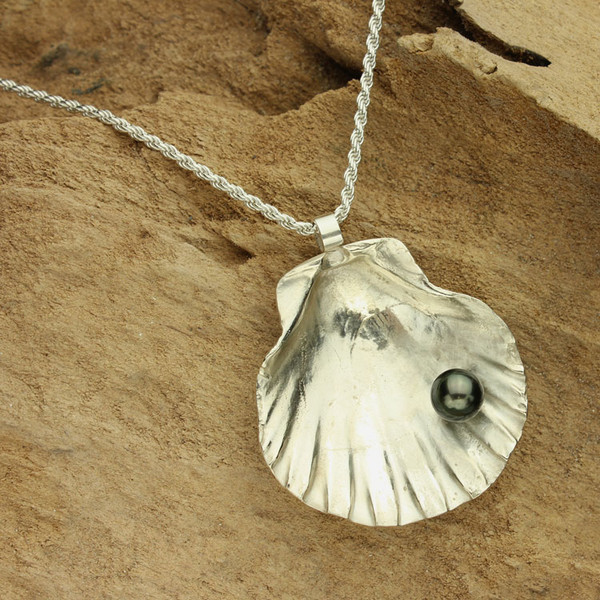 Tahitian Pearl in Silver Shell Necklace #NE-438