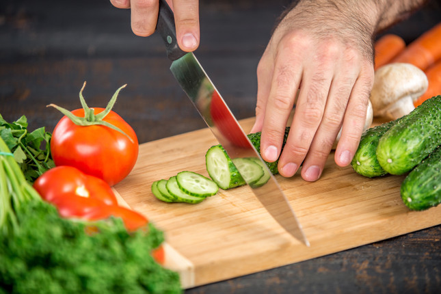 5 Benefits of Wood Cutting Boards for Your Kitchen
