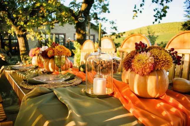 Fall Table Centerpieces & Decor Ideas