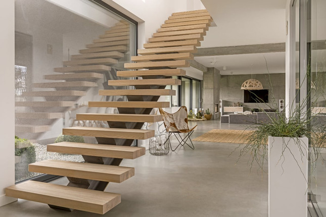 4 Unique Benefits of Floating Wood Stairs