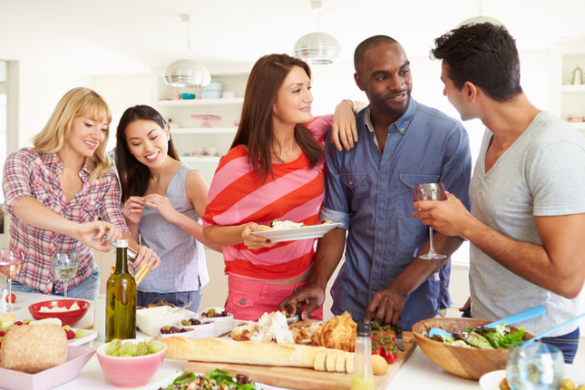 8 Tips for Entertaining on a Budget
