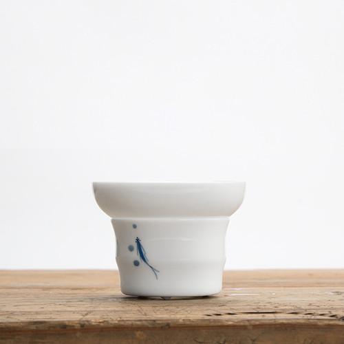 Three Fish Diagram Painted Porcelain Gongfu Tea Strainer