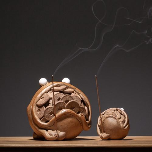 San Zu Jin Chan Ceramic Stick Incense Holder