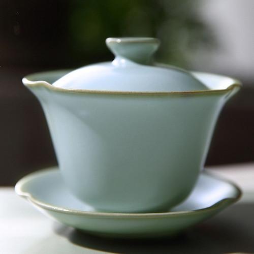 Mu Chun Ice Cracked Glaze Ceramic Gongfu Tea Gaiwan Brewing Vessel 120ml