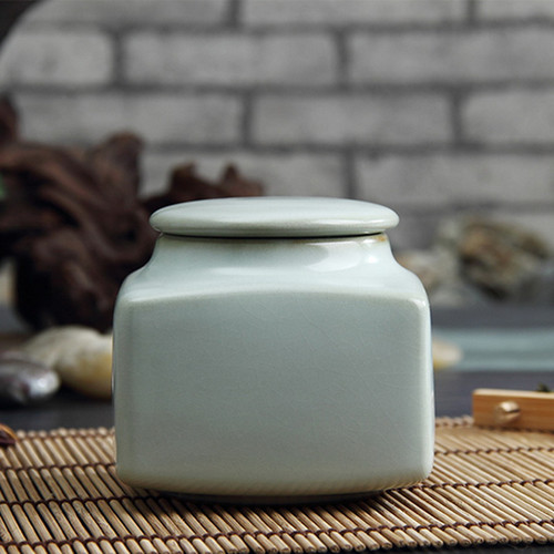 Square Tian Qing Se Ru Kiln Ceramic Food Container Tea Caddy