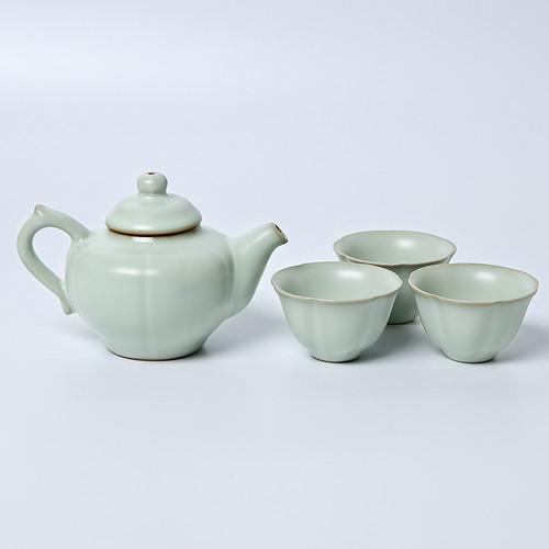 Zhong Kui Hu Ru Kiln Ceramic Kungfu Tea Teapot And Teacup Set