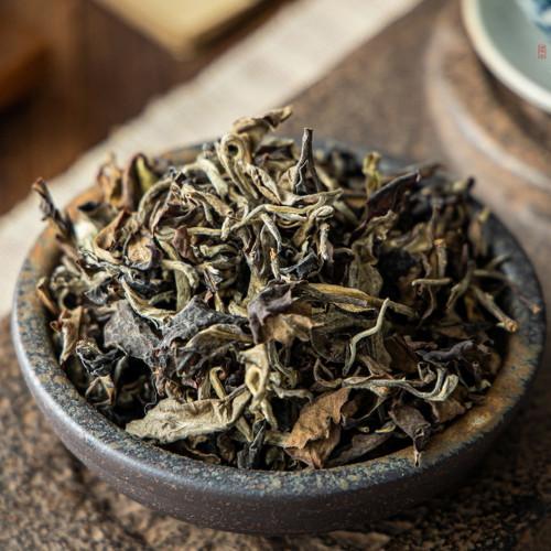 1700 Meters Yunnan High Mountain Ancient Tree Honey Oolong Tea 500g