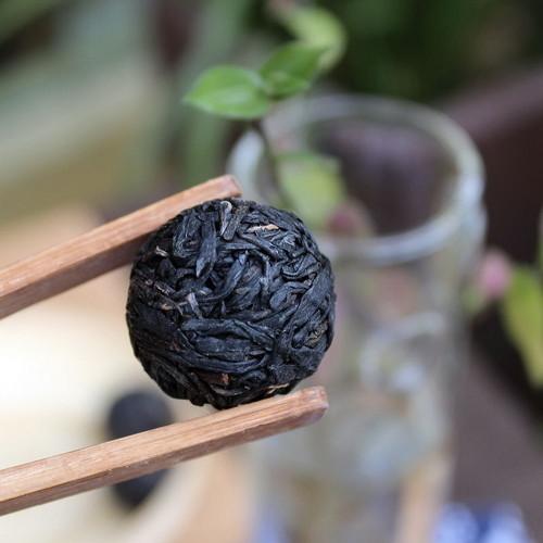 Jingmai Mountain Handmade Ball-Shaped Purple Bud Pu'er Pu-erh Puer Tea 2015 Raw 50 Balls