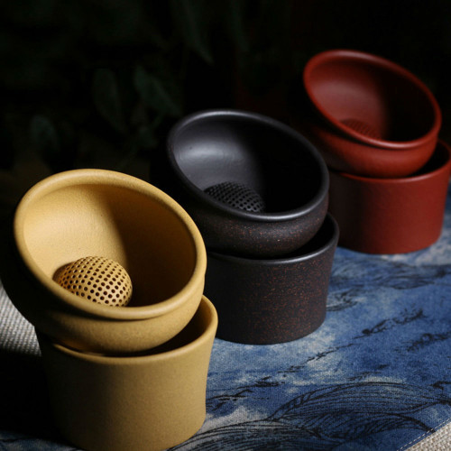 Yixing Zisha Clay Chinese Gongfu Tea Strainer & Stand Set with Ball Filter Red