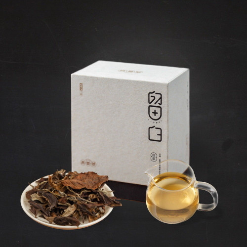 Ji Pu Hao Early Spring Menghai Ancient Tree Yunnan Broad Leaf White Tea 2017 35g