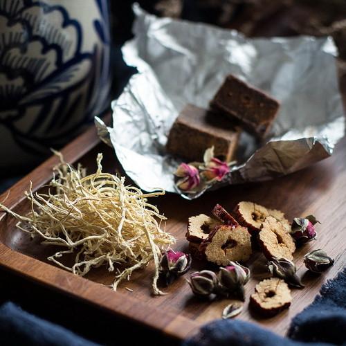 Rose Buds Chinese Dates Ginger & Brown Sugar Assorted Herbal Tea 10 Bags