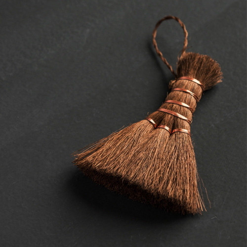 Handmade Mini Broom Palm Fiber Brush for Gongfu Tea Ceremony Table Cleaning