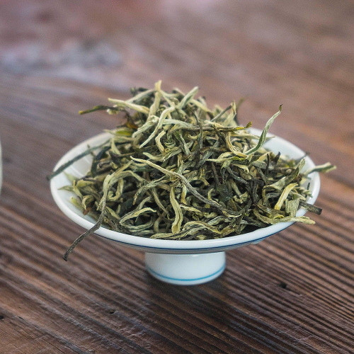 Supreme Organic Early Spring Snowy Mountain Wild Silver Tips Yunnan Green Tea 500g