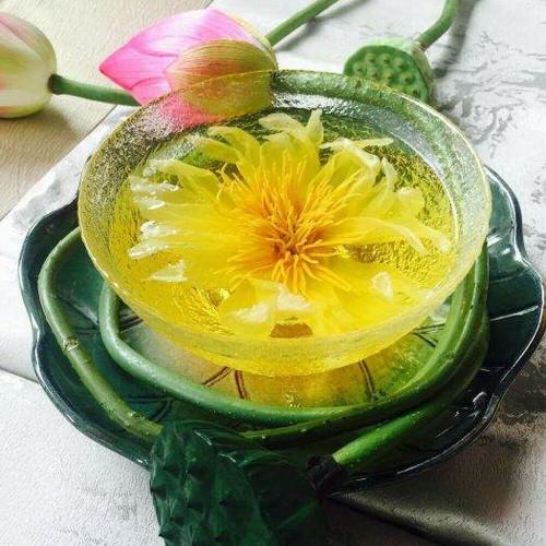Organic Handmade Yellow Sacred Lotus Flower Tea Complete Dried Flowers Herbal Tea 30g