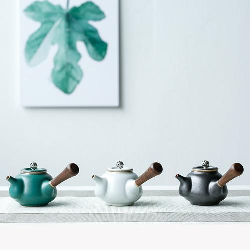Wooden Handle Retro Ceramic Chinese Kung Fu Tea Teapot 170ml