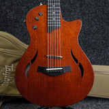 Taylor T5z Classic - Natural w/Gig Bag - 2nd Hand