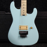 Charvel USA Custom Shop San Dimas - Daphne Blue w/Hard Case - 2nd Hand