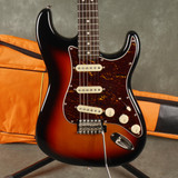Squier Classic Vibe 60s Stratocaster - 3-Tone Sunburst w/Gig Bag - 2nd Hand